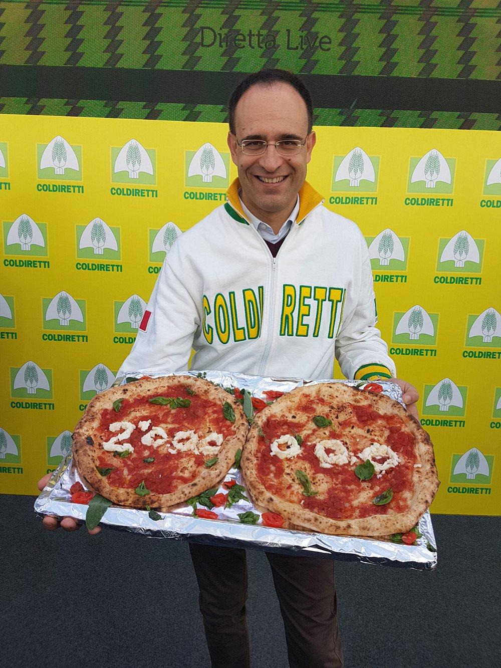 #PizzaUnesco Riconoscimento dell'Unesco per 'l'arte dei pizzaiuoli napoletani'
