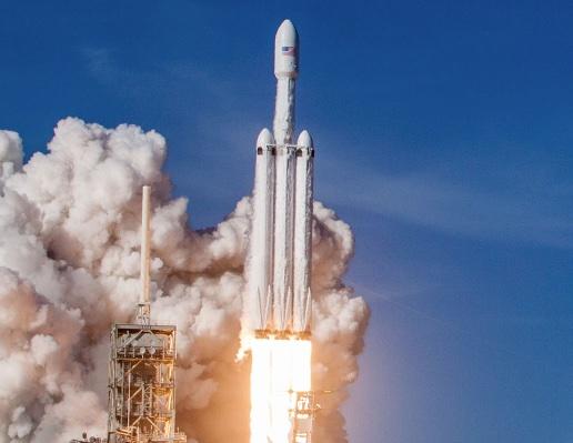 Falcon Heavy della Space X: il razzo per puntare su Marte