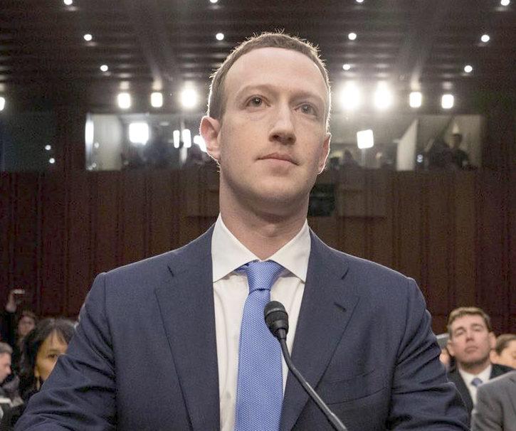 Le due testimonanze di Mark Zuckerberg davanti al congresso USA
