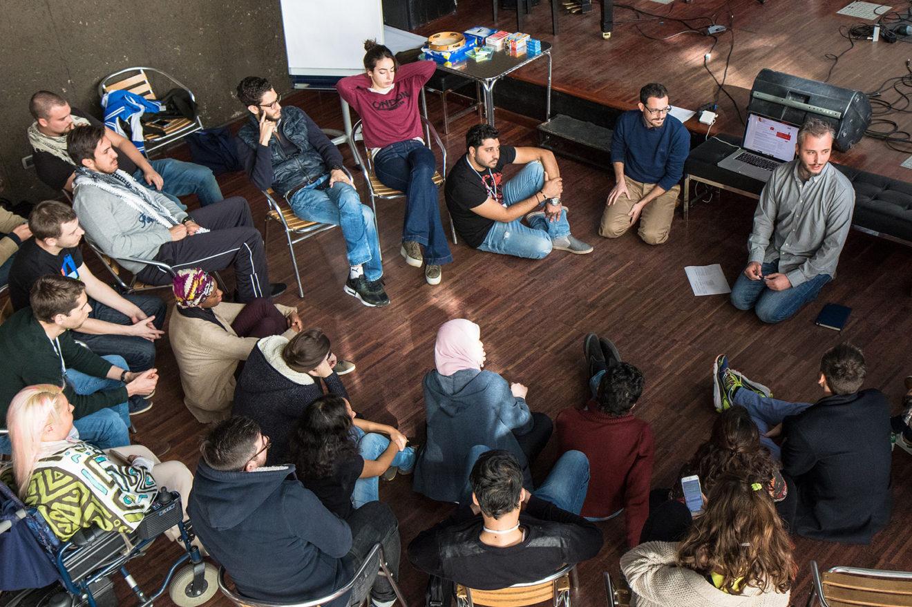 Entrepreneurs for Social Change : un progetto per formare e sostenere 25 giovani imprenditori sociali