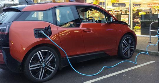 A Torino fra pochi mesi nuove colonnine di ricarica per veicoli elettrici