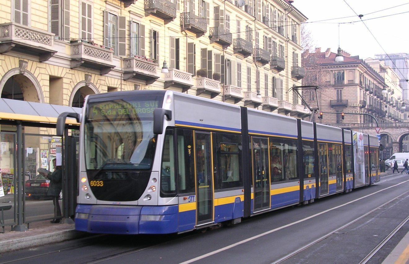 Parte la campagna social della Regione Piemonte per n uso responsabile dei mezzi pubblici e contrastare le discriminazioni