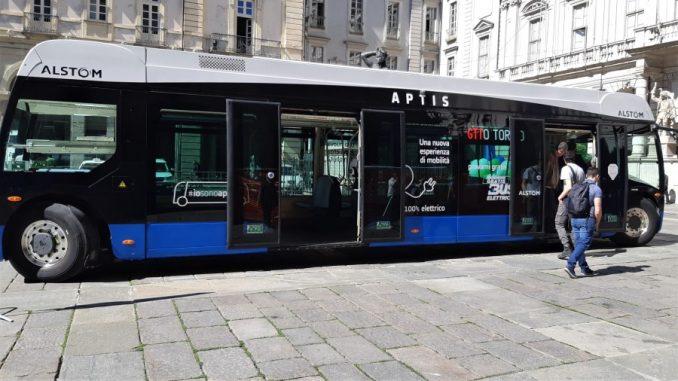 Per una settimana in giro gratis con il bus elettrico a Torino