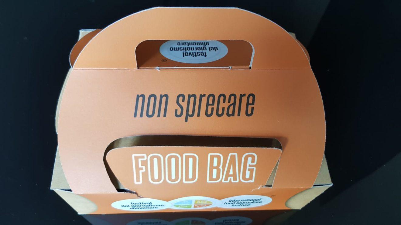 Ritorna il Festival del Giornalismo Alimentare a Torino: dal 20 al 22 febbraio e lancia una petizione per rendere obbligatorio l'uso della Food Bag